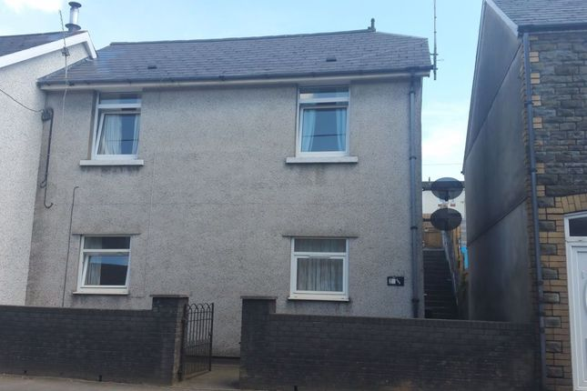 Thumbnail Flat to rent in Bridgend Road, Llanharan, Pontyclun