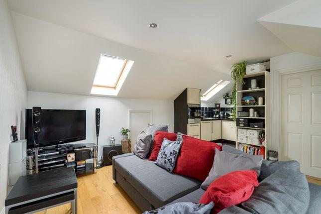 Living Area of Eardley Road, London SW16