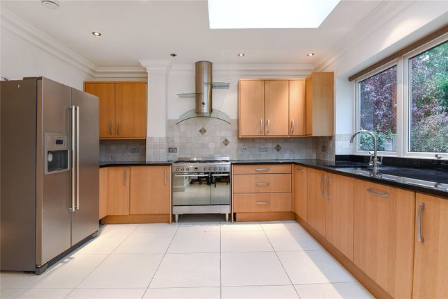 Thumbnail Detached house for sale in Barrow Point Avenue, Pinner, Middlesex