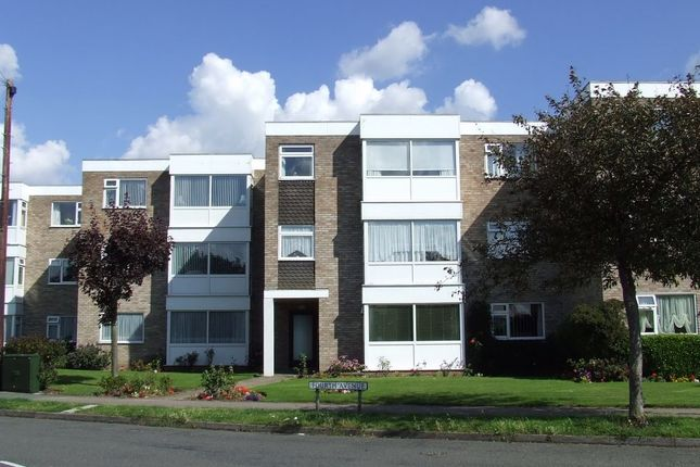 Thumbnail Flat for sale in Fourth Avenue, Frinton-On-Sea