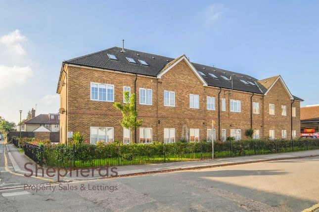 Thumbnail Flat to rent in Lowfield Court, Lowfield Lane, Hoddesdon