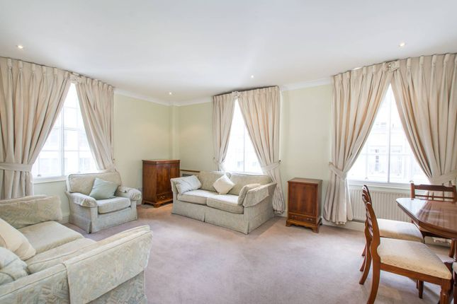 2 bed flat to rent in Gillingham Street, Pimlico