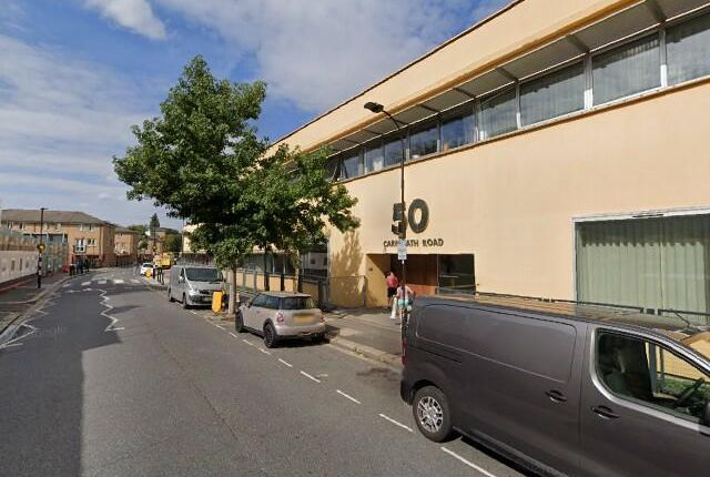 Thumbnail Industrial to let in Unit 9, The Piper Centre, London