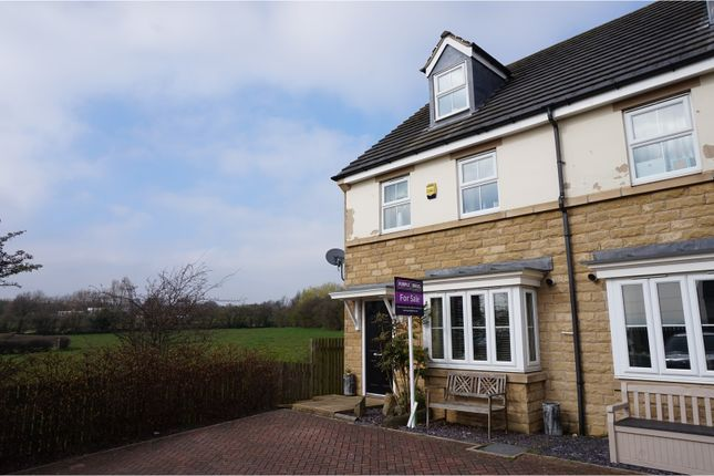 Thumbnail Town house for sale in Springfield Court, Liversedge