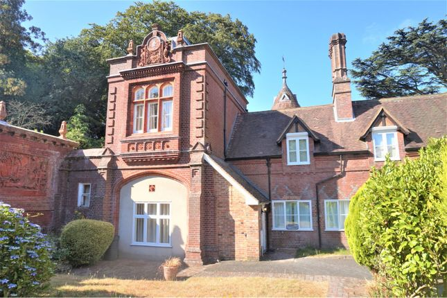 Thumbnail Country house to rent in Lythe Hill Park, Haslemere
