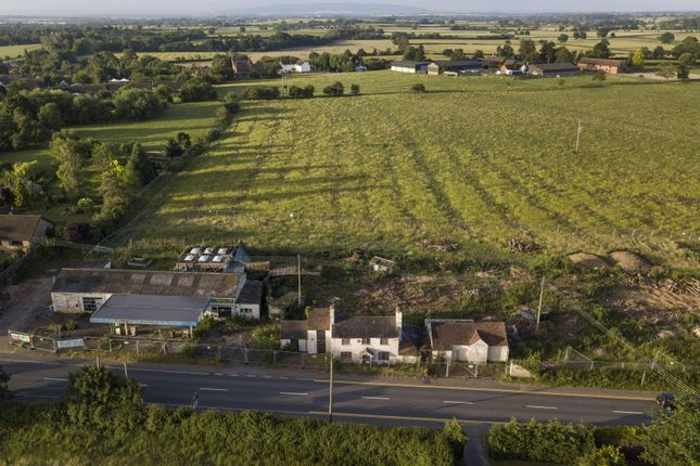 Thumbnail Land for sale in Worcester Road, Upton Snodsbury, Worcester