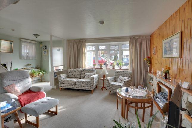 Lounge of Milton Road, Crawley RH10