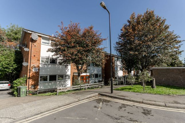 Thumbnail Flat for sale in Hungerdown, Chingford