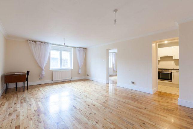 Thumbnail Flat to rent in Britton Street, Farringdon, London