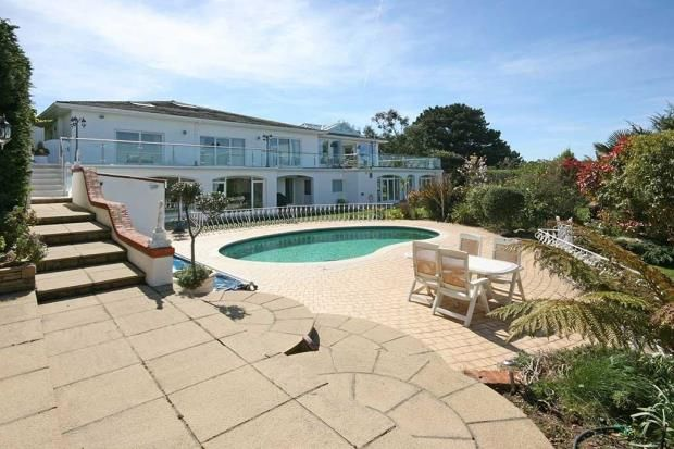 Thumbnail Detached house for sale in Vielle Rue, St. Saviour, Guernsey