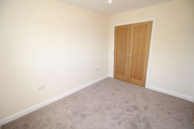 Bedroom 2 of Memorial Park, Station Road, Cardenden KY5