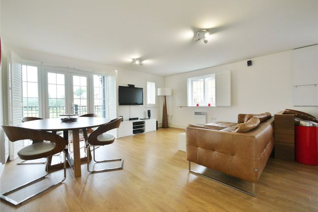 Thumbnail Flat for sale in Henry Manning House, Milan Walk, Brentwood, Essex