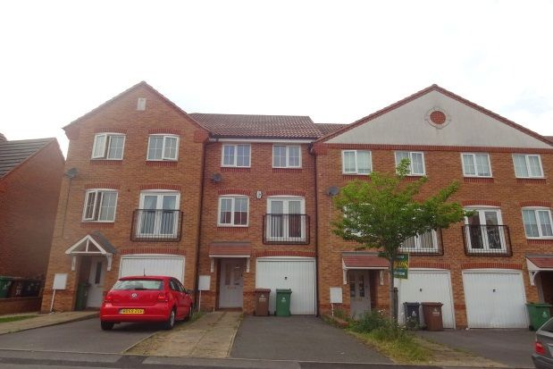 Thumbnail Town house to rent in Newhome Way, Walsall
