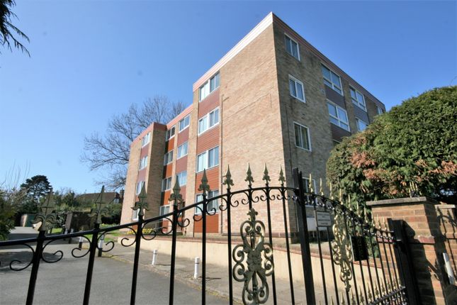 1 bed flat for sale in Shortlands Grove, Bromley BR2