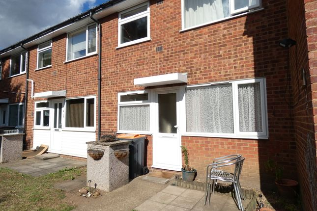 Thumbnail Flat to rent in Massey Close, Kempston, Bedford
