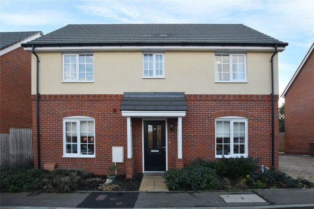 Thumbnail Detached house to rent in Fraser Crescent, Watford, Hertfordshire