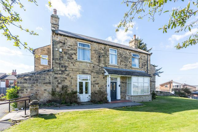 Thumbnail Detached house for sale in Applegarth, Woodlesford, Leeds