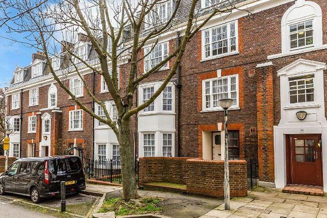 Thumbnail Flat to rent in Richmond Grove, London