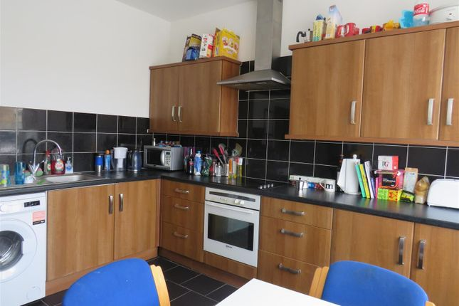 Thumbnail Flat to rent in Portswood Park, Portswood Road, Southampton