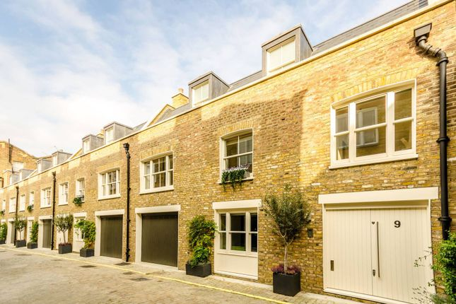 Thumbnail Property for sale in Wellington Close, Notting Hill
