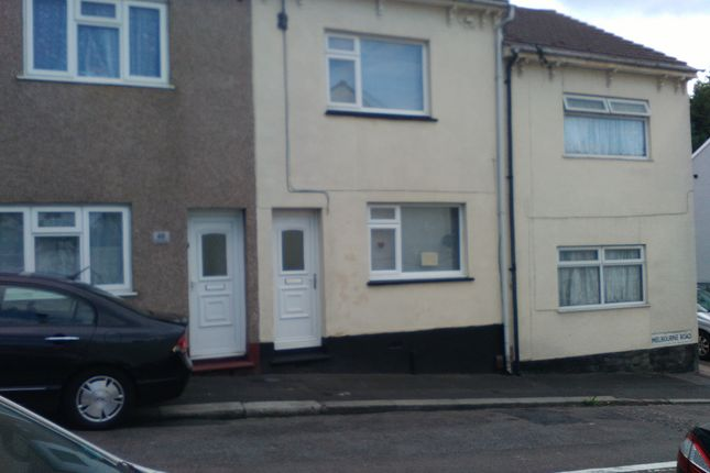 3 bed terraced house to rent in Melbourne Road, Chatham, Kent ME4