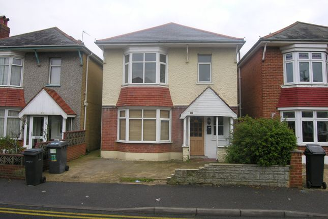 Thumbnail Property to rent in Bengal Road, Winton, Bournemouth