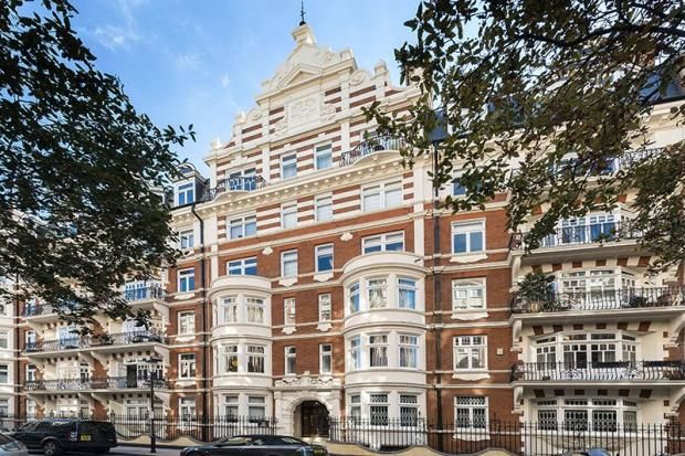 Thumbnail Property for sale in Basil Mansions, Knightsbridge, London