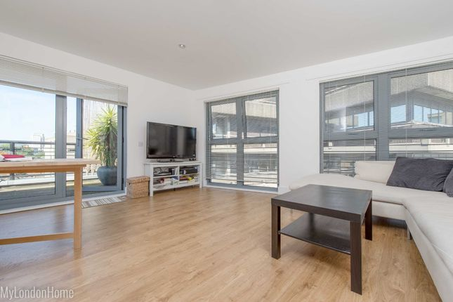 Thumbnail Flat to rent in Pillford House, Old Paradise Street, Vauxhall, London