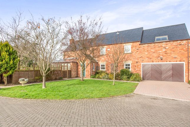 Thumbnail Barn conversion for sale in Hayley Croft, Duffield, Belper