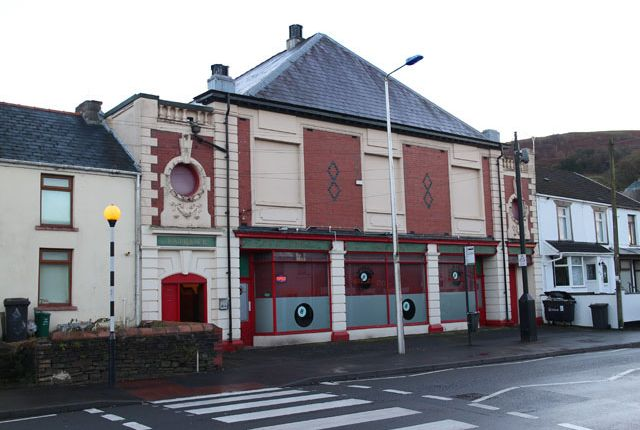 Thumbnail Pub/bar for sale in Cardiff Road, Aberdare