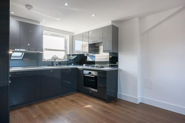 Thumbnail Flat to rent in Muston Road, London