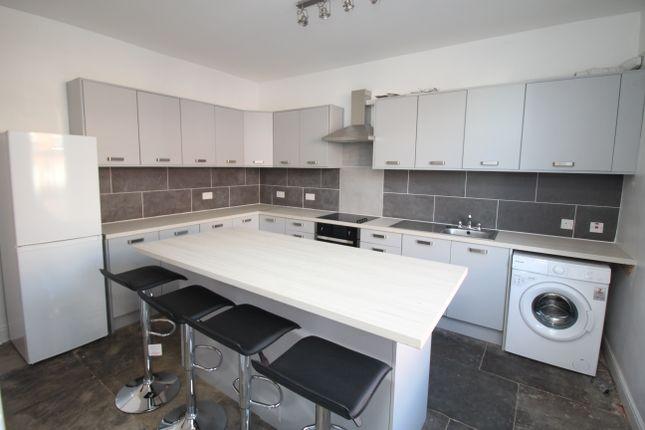 Thumbnail Room to rent in Cobden Terrace, Leeds