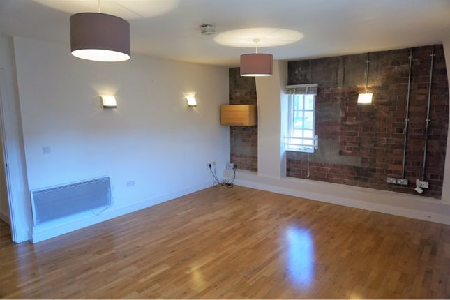 Thumbnail Flat to rent in Georges Square, Bristol