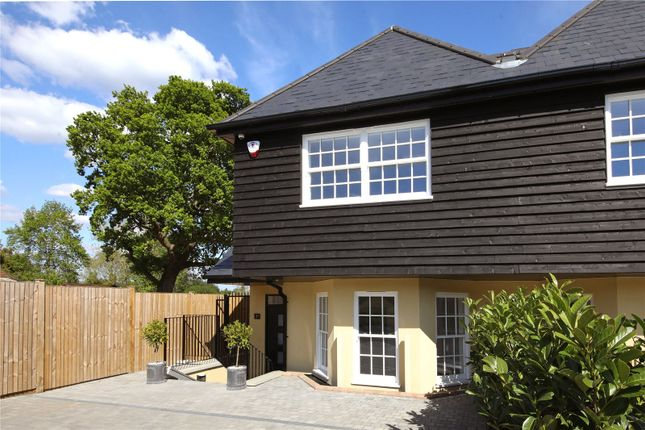 Thumbnail Semi-detached house for sale in East Common, Gerrards Cross, Buckinghamshire
