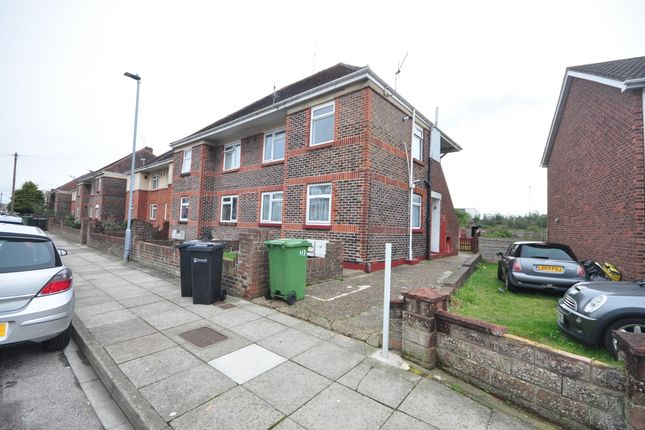 Thumbnail Flat to rent in Aylen Road, Portsmouth