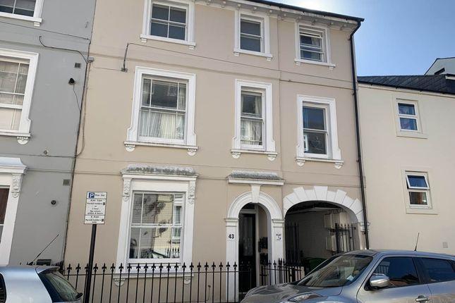 Flat to rent in Dudley Road, Tunbridge Wells, Kent