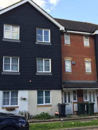 Thumbnail Room to rent in Kings Prospect, Ashford