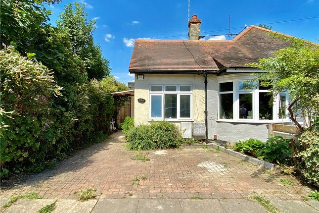 Picture No. 11 of Shakespeare Avenue, Westcliff-On-Sea, Essex SS0