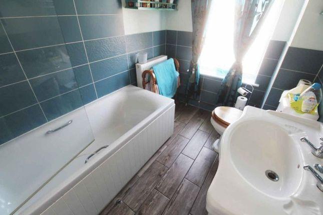 Bathroom of Stradbroke Road, Gorleston, Great Yarmouth NR31