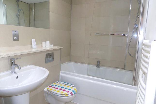 Bathroom of Alcester Road South, Kings Heath, Birmingham B14