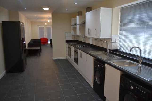 Thumbnail Terraced house to rent in Richmond Road, Cardiff
