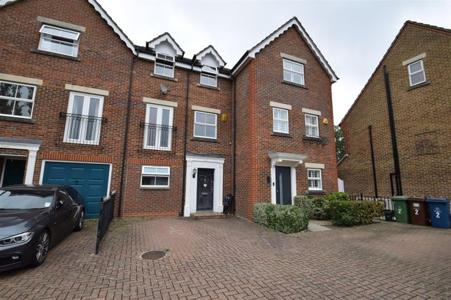Thumbnail Town house to rent in Carlisle Close, Pinner