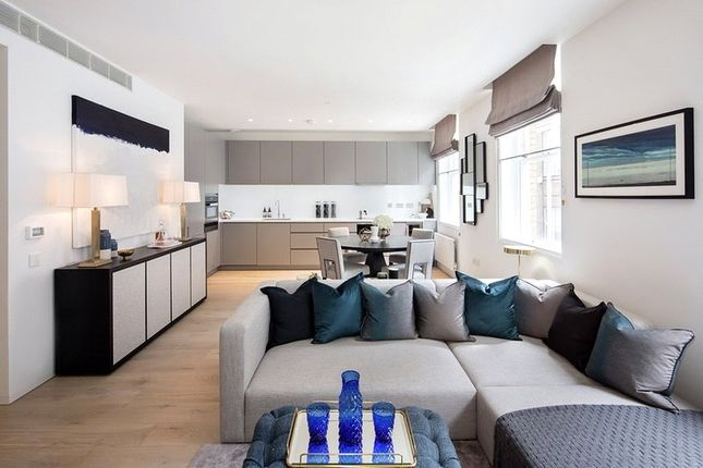 Thumbnail Flat for sale in Riding House Street, London