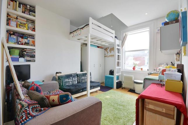 Studio to rent in Sherriff Road, West Hampstead