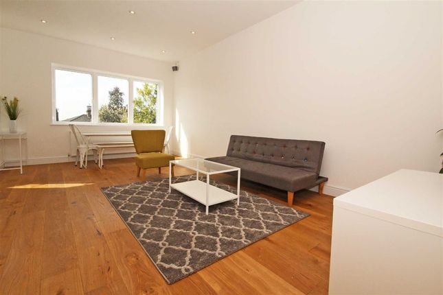Thumbnail Flat to rent in Churchfield Road, London
