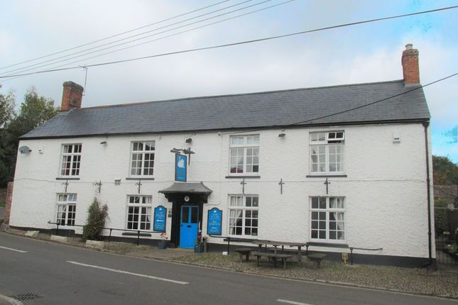 Pub/bar for sale in Kingston St. Mary, Taunton