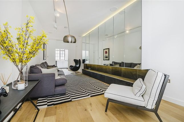 Thumbnail Flat to rent in Norway House, Cockspur Street, London