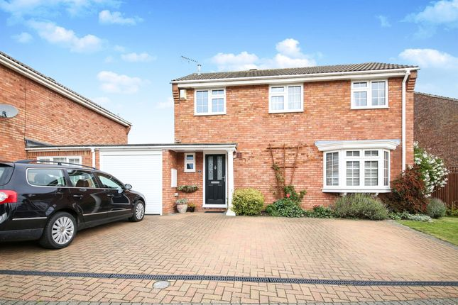 Thumbnail Detached house for sale in Melfort Drive, Linslade, Leighton Buzzard