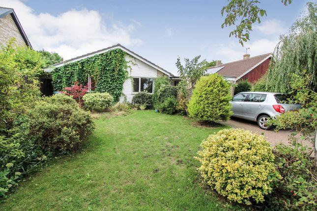 Thumbnail Detached bungalow for sale in Hunts Road, Duxford, Cambridge