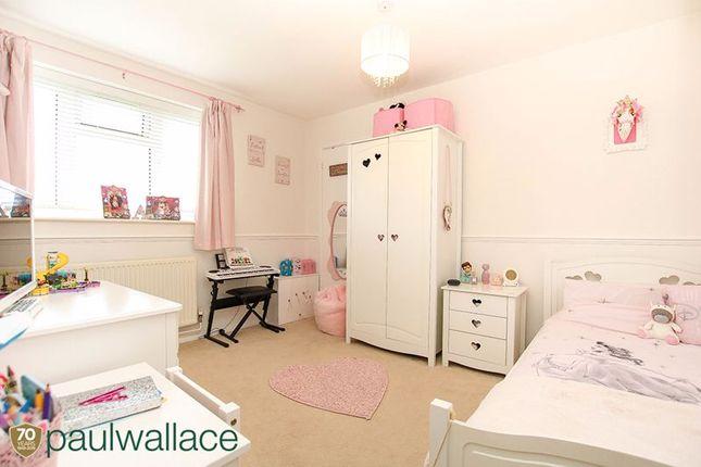 Bedroom Three of Richmond Close, Cheshunt, Waltham Cross EN8